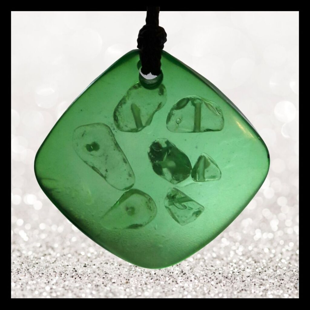 Balanssteen hanger groen